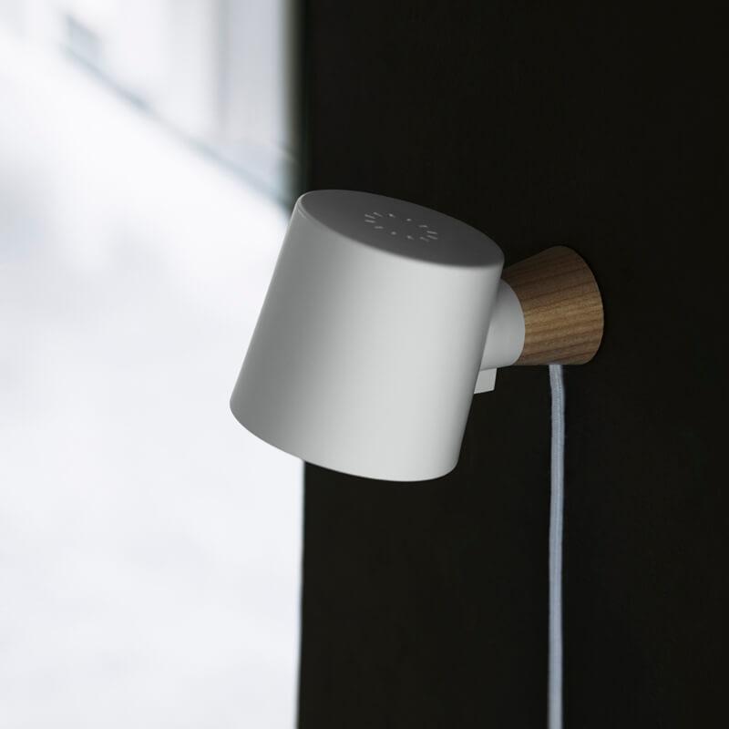 Zidna svjetiljka Rise