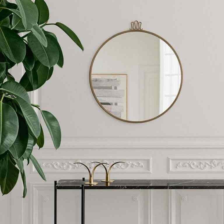 Randaccio ogledalo
