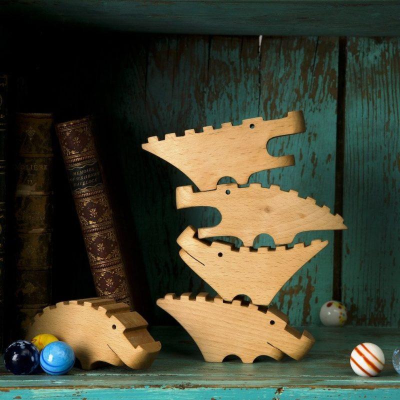 drvene igračke krokodili