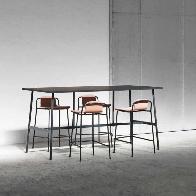 Barski stolac Studio