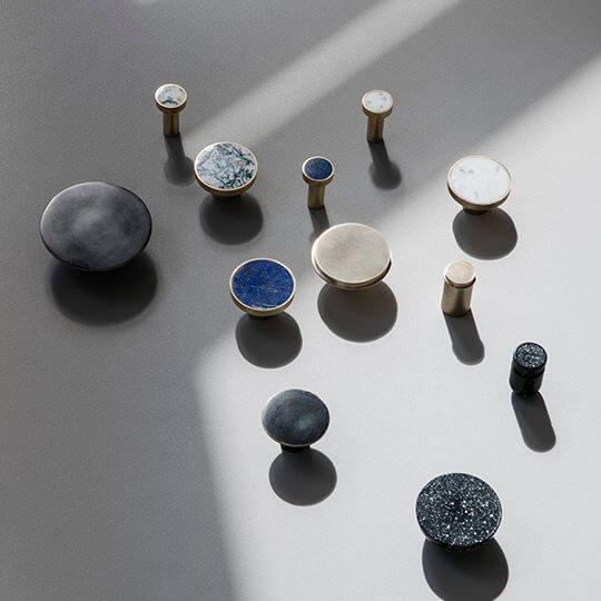 Ručkice i vješalice Marble