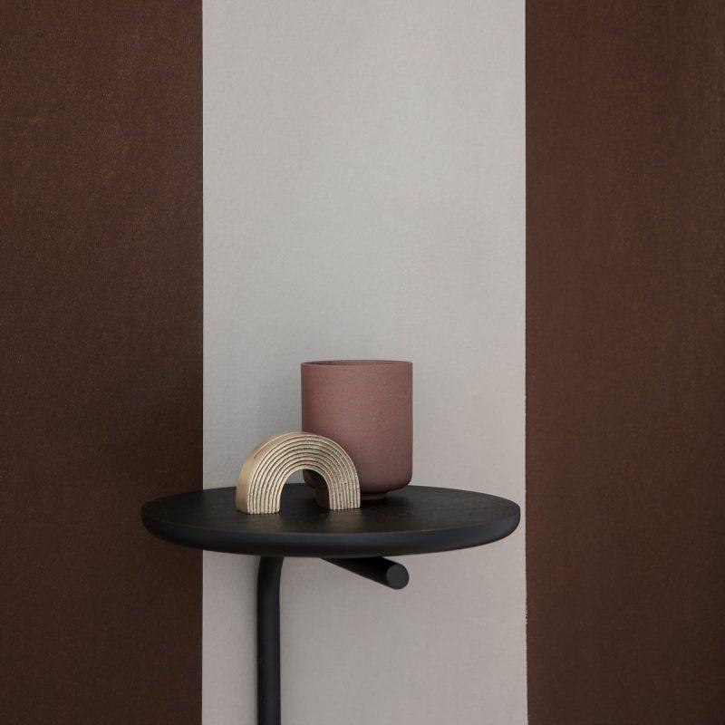 Zidni stolić Pujo
