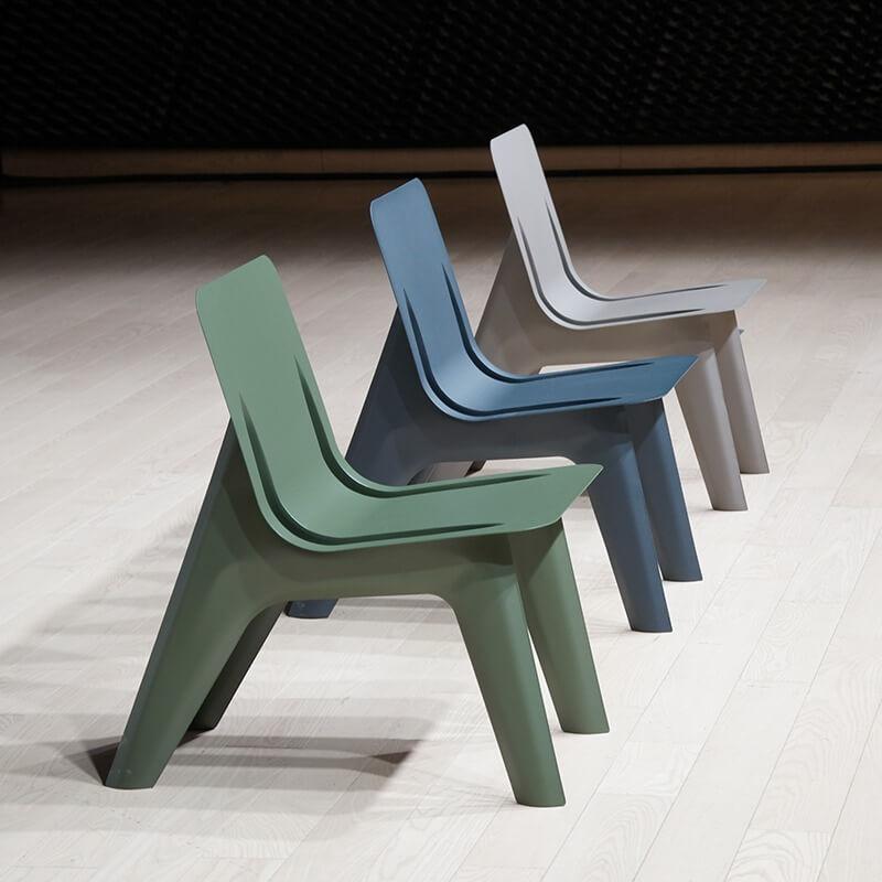 Blagovaonski stolac J-chair