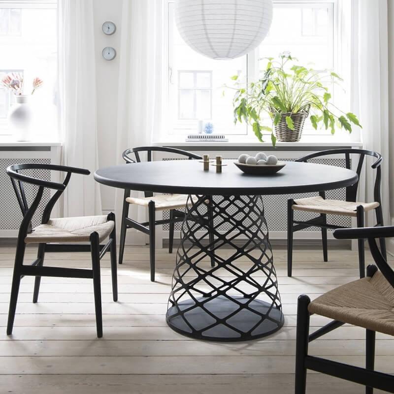 Blagovaonski stol Aoyama