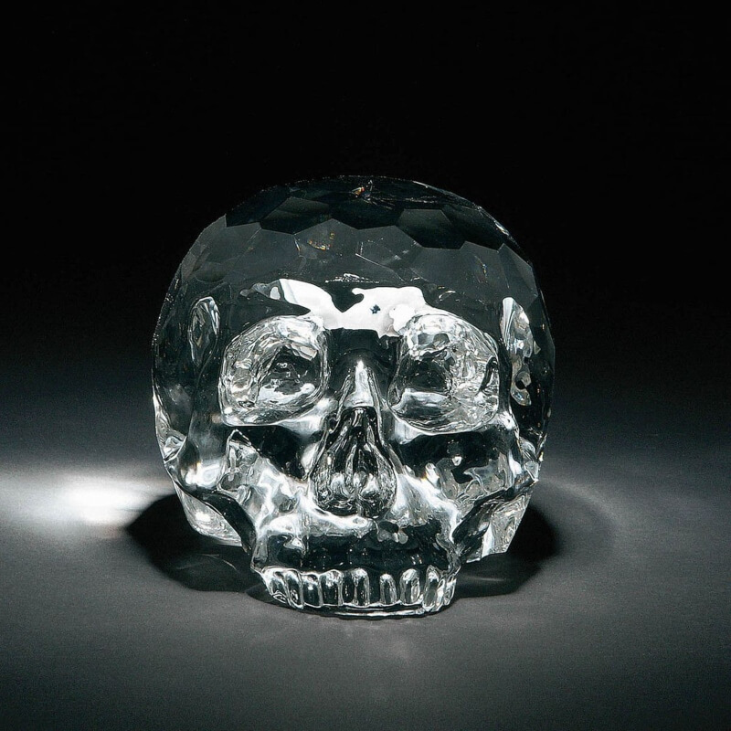 Ukrasna kristalna lubanja