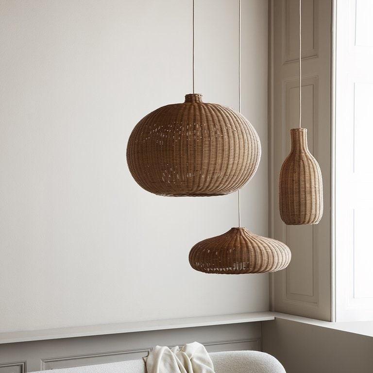 Pletena svjetiljka od ratana
