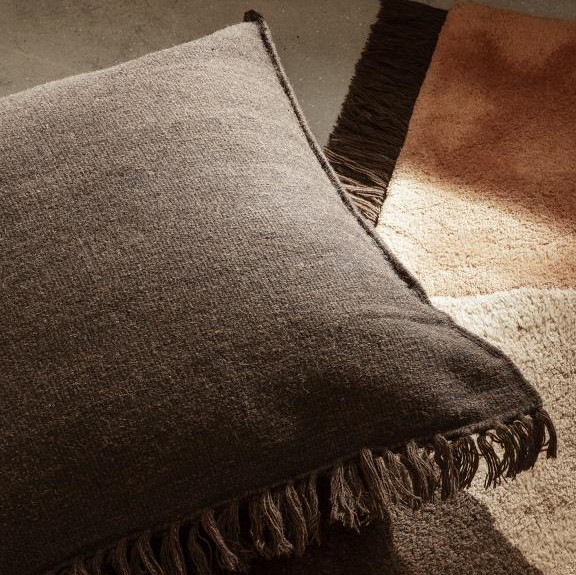 Jastuk s resicama Kelim